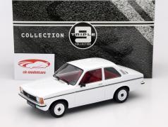 Opel Kadett C2 Baujahr 1977 weiß 1:18 Triple9