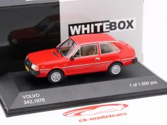 Volvo 343 ano 1976 vermelho 1:43 WhiteBox