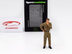 mecánico con marrón mono pensativo figura 1:18 FigurenManufaktur