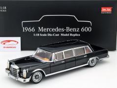 Mercedes-Benz 600 Pullman Year 1966 black 1:18 SunStar
