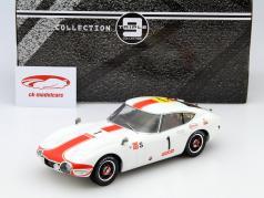 Toyota 2000 GT #1 24h Fuji 1967 1:18 Triple 9