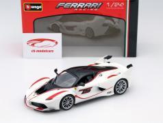 Ferrari FXX-K #75 weiß 1:24 Bburago