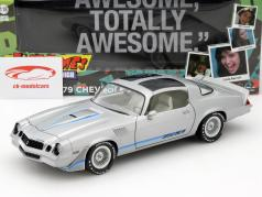 Chevrolet Camaro Z28 Fast Times at Ridgemont High 1982 prata 1:18 Greenlight