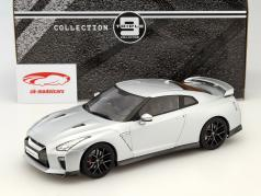 Nissan Skyline GT-R Baujahr 2017 silber 1:18 Triple 9