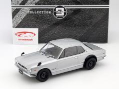 Nissan Skyline GT-R KPGC10 silver 1:18 Triple 9