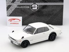 Nissan Skyline GT-R KPGC10 weiß 1:18 Triple 9