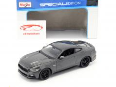 Ford Mustang GT year 2015 dark gray 1:24 Maisto