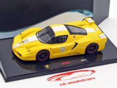 Ferrari FXX #22 geel 1:43 HotWheels Elite