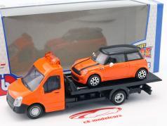 Mini Cooper S com transportador de mesa laranja 1:43 Bburago