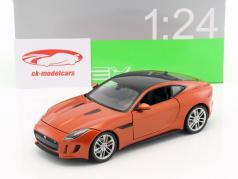 Jaguar F-Type Coupe Bouwjaar 2015 oranje 1:24 Welly