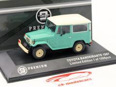 Toyota Bandeirante year 1967 lime / white 1:43 Triple 9