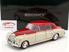 Bentley S2 anno di costruzione 1960 argento / porpora 1:18 Minichamps