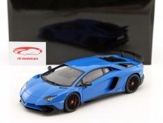 Lamborghini Aventador LP750-4 SV Bouwjaar 2015 blauw 1:18 AUTOart