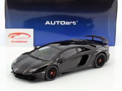 Lamborghini Aventador LP750-4 SV Bouwjaar 2015 zwart 1:18 AUTOart