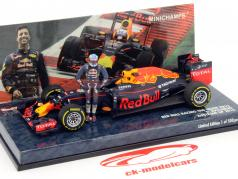 Daniel Ricciardo Red Bull RB12 #3 Autriche GP formule 1 2016 avec conducteur figure 1:43 Minichamps