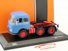 Mercedes-Benz LPS 333 year 1960 blue / red / black 1:43 Ixo