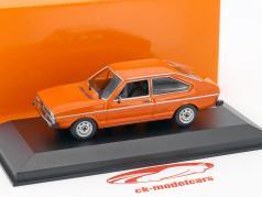 Volkswagen VW Passat Opførselsår 1975 appelsin 1:43 Minichamps