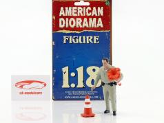 Police Highway Patrol Figur II Collecting Traffic Cones 1:18 American Diorama