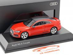 Audi RS 5 двухместная карета Мизано красный 1:43 Spark