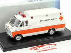 Dodge Horton Ambulance Baujahr 1973 weiß / orange 1:43 Neo