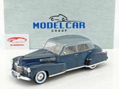 Cadillac Fleetwood Series 60 Special Sedan Baujahr 1941 blau metallic 1:18 Model Car Group