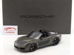 Porsche 911 (991 II) Targa 4S 2017 cinza escuro / preto com mostruário 1:18 Spark