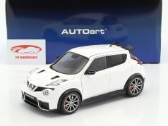 Nissan Juke R 2.0 Opførselsår 2016 hvid 1:18 AUTOart