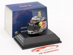 S. Vettel Red Bull GP Abu Dhabi Formule 1 Champion du Monde 2010 Casque 1:8 Minichamps