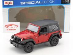 Jeep Wrangler Willys ano de construção 2014 vermelho / preto 1:18 Maisto