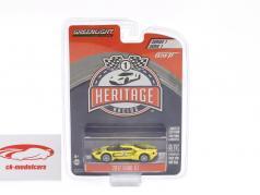 Ford GT ano de construção 2017 #2 Ford GT40 MK IV 1967 homenagem Racing Heritage Series amarelo 1:64 Greenlight