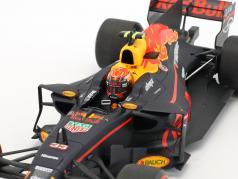 Max Verstappen Red Bull RB13 #33 オーストラリア GP 式 1 2017 1:18 Minichamps