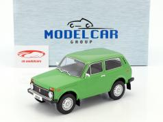 Lada Niva year 1976 green 1:18 Model Car Group