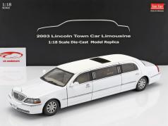 Lincoln Town Car Limousine año de construcción 2003 blanco 1:18 SunStar
