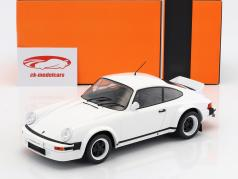 Porsche 911 Race Version year 1982 white 1:18 Ixo