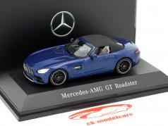 Mercedes-Benz AMG GT Roadster year 2017 brilliant blue metallic 1:43 Spark