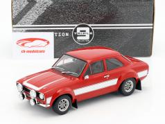 Ford Escort RS 2000 MKI année de construction 1973 rouge / blanc 1:18 Triple9