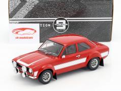 Ford Escort RS 2000 MKI ano de construção 1973 vermelho / branco 1:18 Triple9