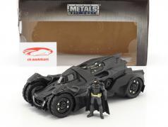 Batmobile Arkham Knight (2015) とともに フィギュア Batman 黒 1:24 Jada Toys