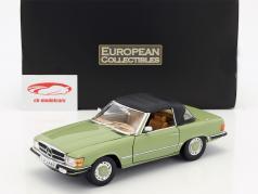 Mercedes-Benz 350 SL conversível Closed Top ano de construção 1977 verde 1:18 SunStar