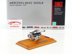 Mercedes Benz 300 SLR motorunit 1955 + Showcase 1:18 CMC