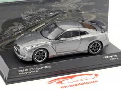 Nissan GT-R SpecV (R35) Nürburgring Testcar gris metálico 1:43 Kyosho