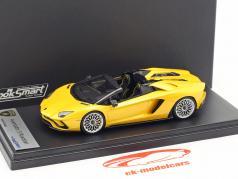 Lamborghini Aventador S Roadster geel metalen 1:43 LookSmart