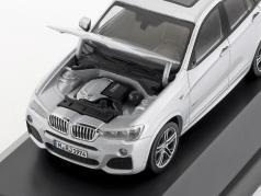 BMW X4 (F26) Jaar 2015 zilver 1:43 Herpa