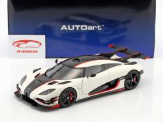 Koenigsegg One:1 with removable roof year 2014 white / black / red 1:18 AUTOart