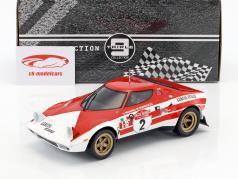 Lancia Stratos HF #2 winnaar Rallye SanRemo 1974 Munari, Manucci 1:18 Triple9