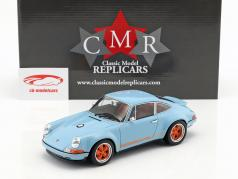 Singer Coupé Dubai modification of a Porsche 911 gulf blå / appelsin 1:18 CMR