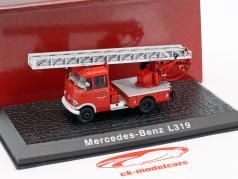 Mercedes-Benz L319 bombeiros com escada ano de construção 1961 vermelho 1:72 Atlas