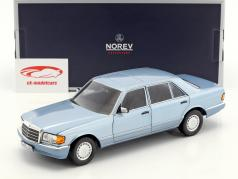 Mercedes-Benz 560 SEL (W126) year 1991 pearl blue metallic 1:18 Norev