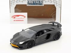 Lamborghini Aventador SV Bouwjaar 2017 mat zwart 1:24 Jada Toys