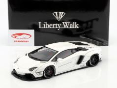 Lamborghini Aventador Liberty Walk LB-Works year 2015 white 1:18 AUTOart